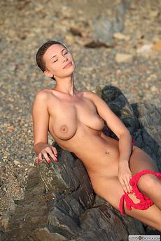 Glamorous Cecelia Wear Her Sexy Pink Bikini  11