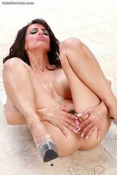 Catalina Cruz Has Yummy Looking Boobs 12