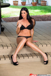 Dark Haired Beauty India Summer Gets Nude Outside 02