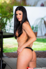 Dark Haired Beauty India Summer Gets Nude Outside 03