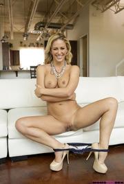 Busty Blonde MILF Cherie DeVille Gets Nude 12