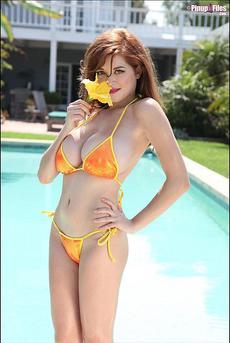 Tessa Fowler Massive Tits In Sexy Bikini 05