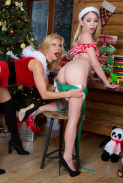 Christmas Lesbians Alexis Fawx And Angel Smalls 03