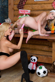 Christmas Lesbians Alexis Fawx And Angel Smalls 15