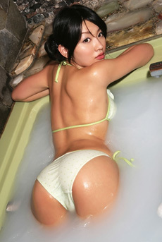Asian Babe Asami Tada Sexy In The Tub Pics Gallery
