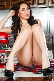 Sexy Aria Alexander Gets Naked In The Kitchen