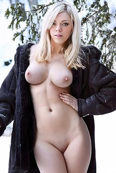 Lena R