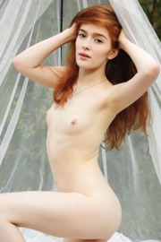 Jia Lissa is a picture of perfection